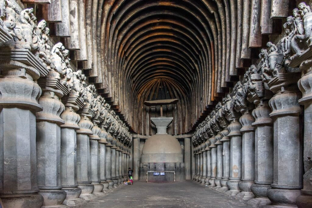 Bleisure Travel 2021: All you need to know about Bleisure Travel Trends: Karla Caves, Lovavala